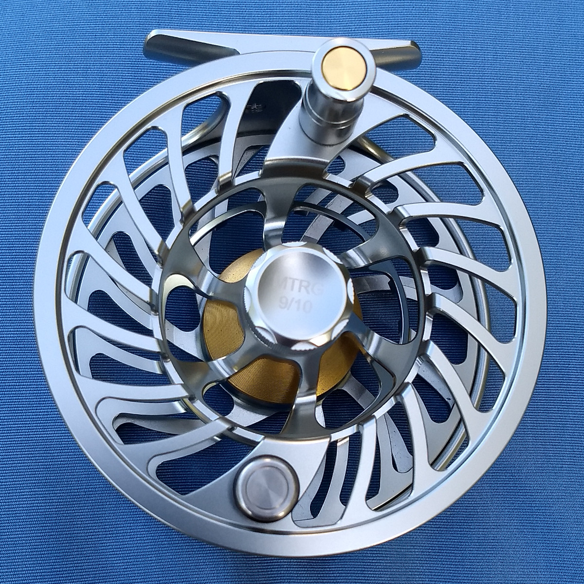 MTRG 9/10 Fly fishing reel