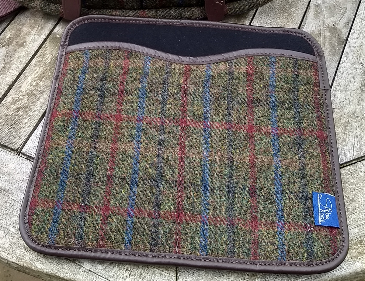 "iPad insert for Strathearn 14"" Harris Tweed bag"