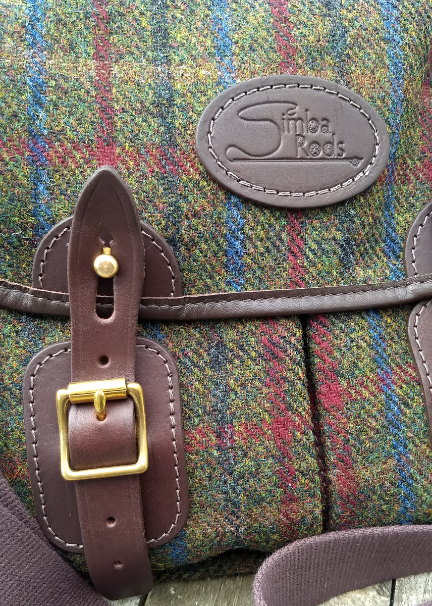 Strathearn Series Harris Tweed bag detailing