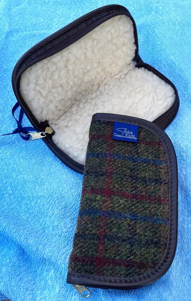 Harris Tweed zippered fly wallet